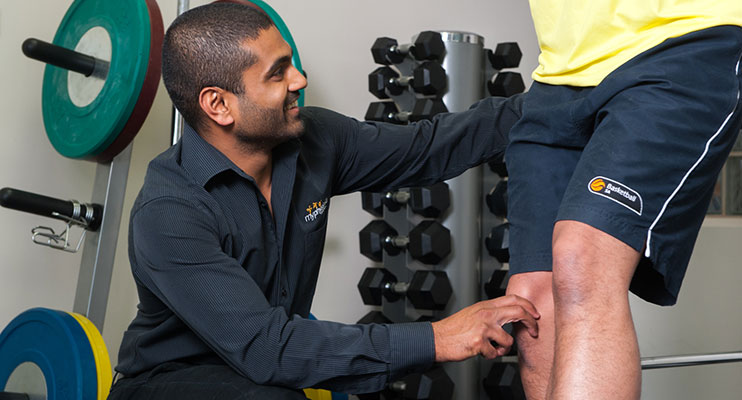 sports physio Adelaide Crows Physio Rohan Hattotuwa myPhysioSA Mt Barker Adelaide Physio Physiotherapist sports